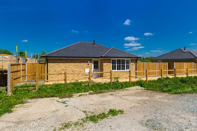 Thumbnail Detached bungalow for sale in Hitchin Road, Arlesey