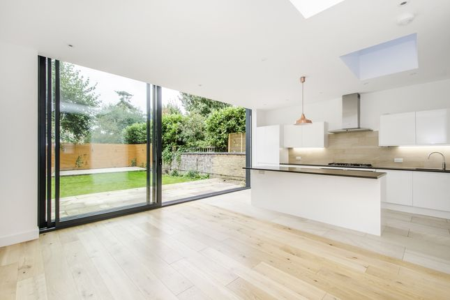 Thumbnail Terraced house to rent in Ritherdon Road, London