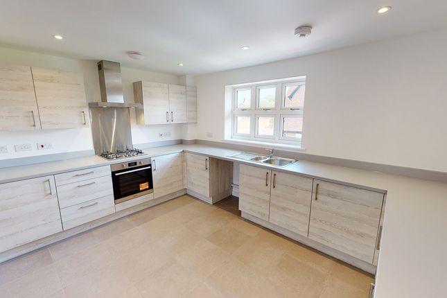 2 bedroom flat for sale in Amlets Lane, Cranleigh