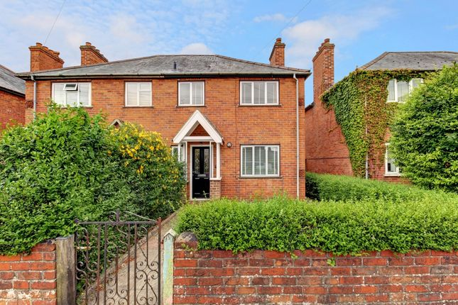 Thumbnail Terraced house to rent in Queens Road, Newbury