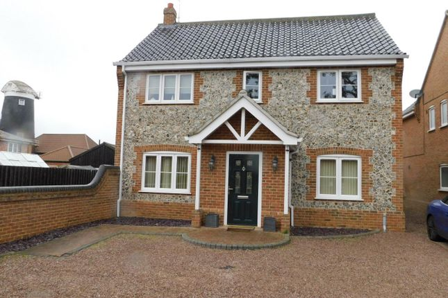 Thumbnail Detached house to rent in Mill Road, Frettenham, Norwich