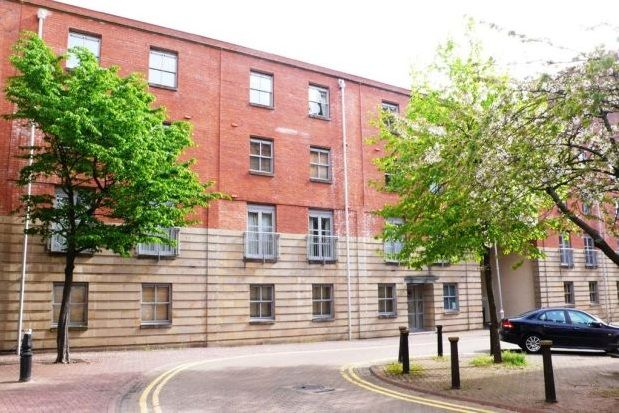 Thumbnail Flat to rent in St James Mansions, Mount Stuart Square, Cardiff Bay