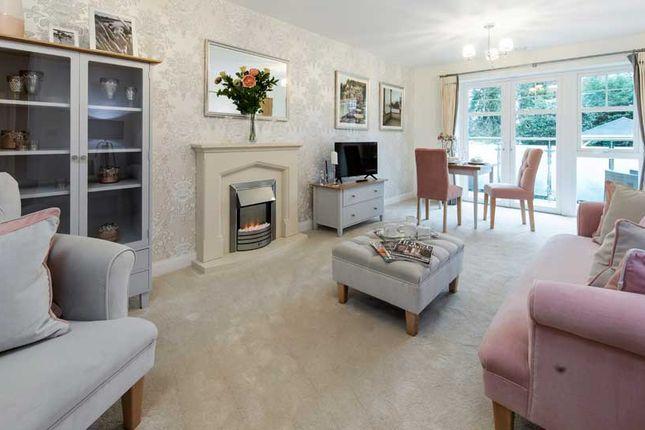Thumbnail Flat for sale in Addington Road, Selsdon, South Croydon