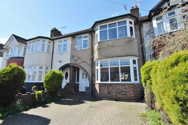 4 bed property for sale in Amhurst Gardens, Isleworth