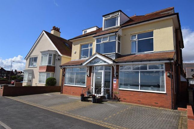 Thumbnail Commercial property for sale in South Marine Drive, Bridlington