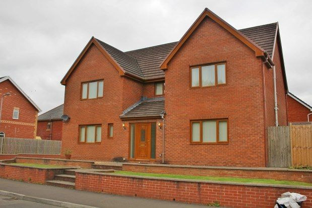 Thumbnail Detached house to rent in Ocean View, Neath