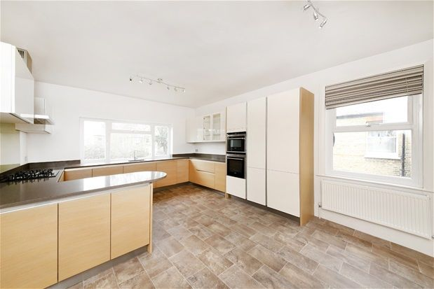 Thumbnail Flat for sale in South Croxted Road, London