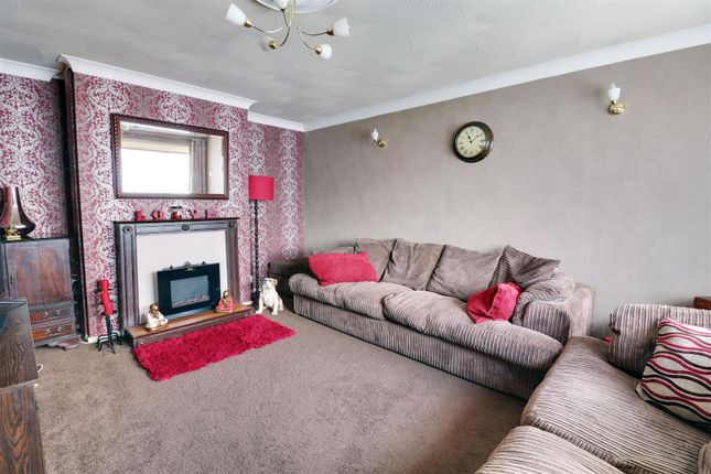 Lounge Opt 2 of Nevell Road, Grays RM16