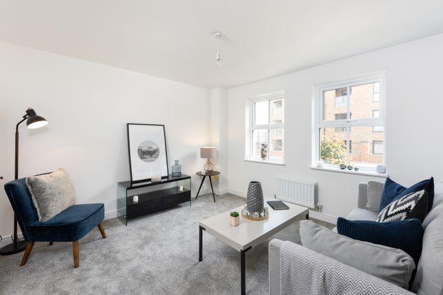 2 bedroom flat for sale in Mason Avenue, Dartford