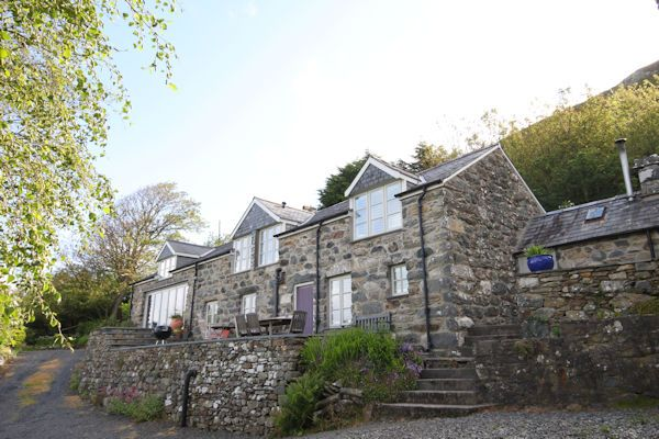 Thumbnail Farmhouse for sale in Llwyngwril, Llwyngwril