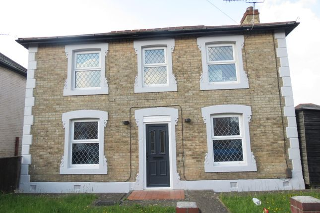 Thumbnail Property to rent in Pine Road, Winton, Bournemouth