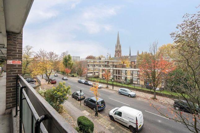 2Il36Pzi of Carlton Vale, London NW6