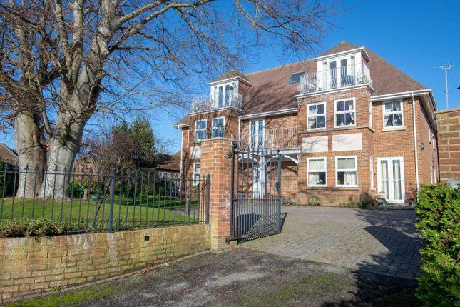 2 bed flat for sale in Sea Lane, East Preston, Littlehampton BN16