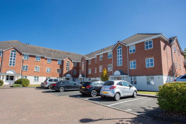 Thumbnail Flat for sale in Wyndley Close, Sutton Coldfield