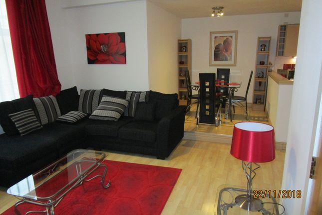 Thumbnail Flat to rent in Hutcheson Street, Merchant City, Glasgow