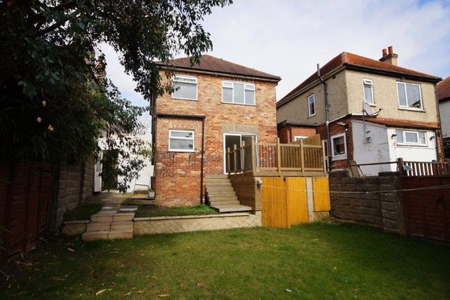 Queens Road Parkstone Poole Bh14 3 Bedroom Detached House For Sale 40852692 Primelocation