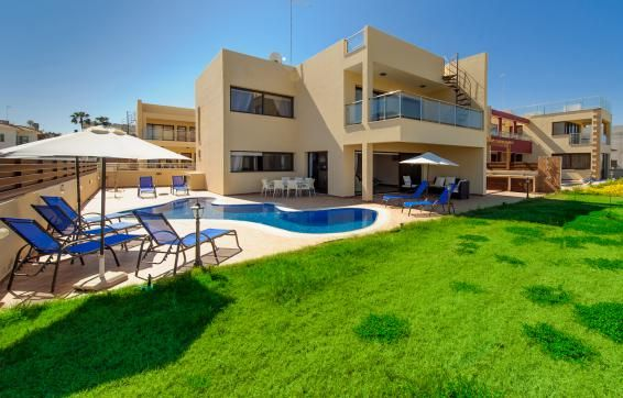 Thumbnail Villa for sale in Figtree Bay, Protaras, Famagusta, Cyprus
