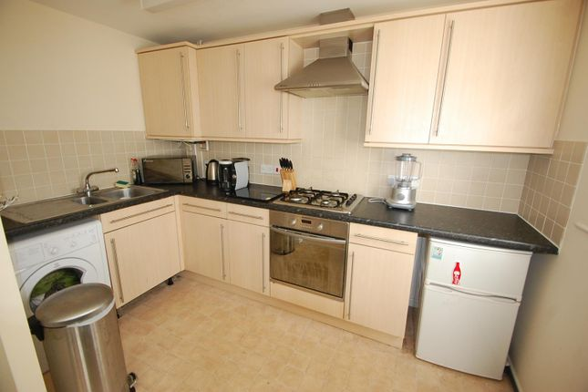 Fitted Kitchen of Grants Yard, Burton-On-Trent DE14