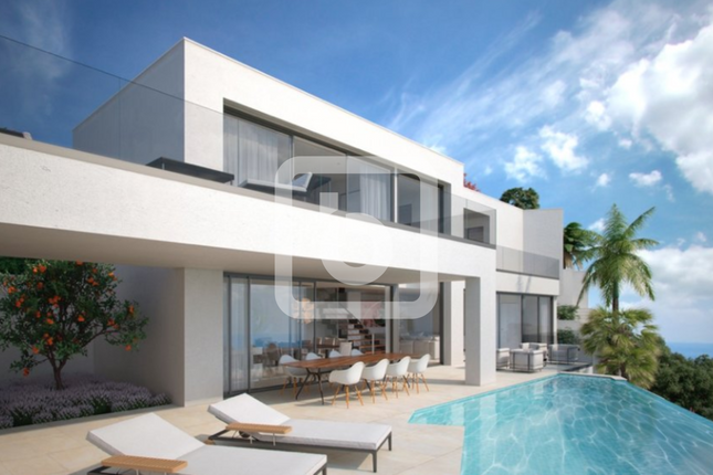 Thumbnail Villa for sale in Benalmadena, Costa Del Sol, 29630, Spain