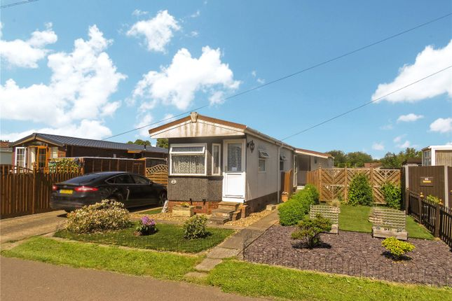 1 bed mobile/park home for sale in St. Neots Mobile Home Park, Eynesbury, St. Neots PE19