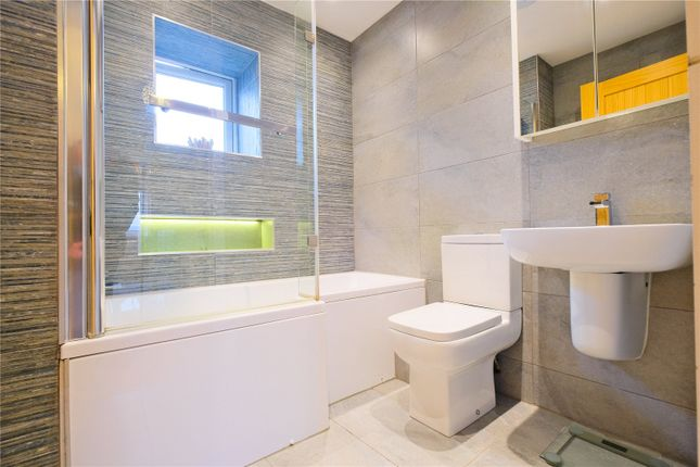 Bathroom of Rawsthorne Avenue, Edenfield, Ramsbottom, Bury BL0