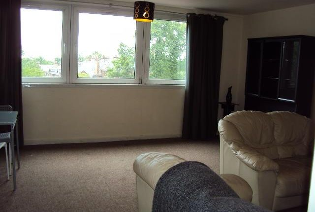 Thumbnail Maisonette to rent in Flat 4, 97 Broomhill Drive, Glasgow