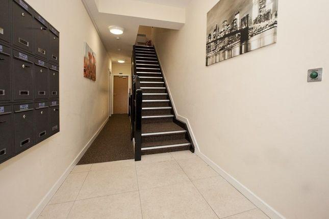 Hallway of Sunbridge Road, Bradford BD1