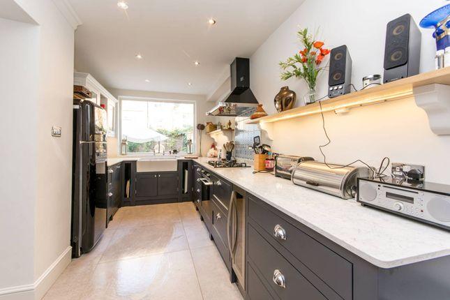 Thumbnail Property to rent in Beauclerc Road, Brackenbury Village