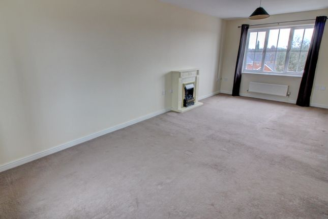 Thumbnail Flat for sale in Lingmoor Grove, Aldridge, Walsall