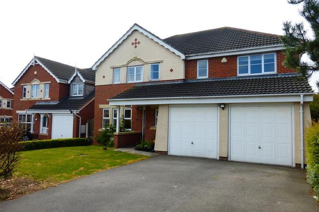 5 bed property to rent in Eshton Rise, Bawtry, Doncaster DN10