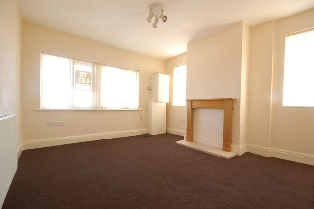 Thumbnail Flat to rent in Mayfield Avenue, Blackpool