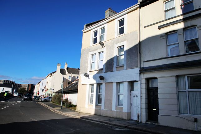 Thumbnail Flat to rent in Radford Road, Plymouth