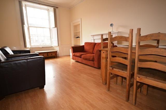Thumbnail Flat to rent in Bernard Street, Edinburgh