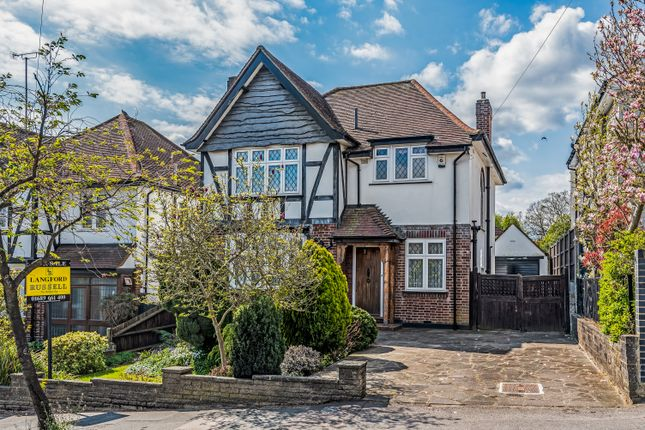 Thumbnail Detached house for sale in Knoll Rise, Orpington
