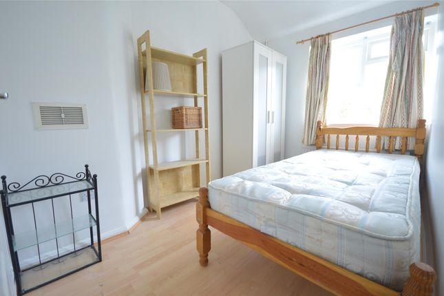 Single Bedroom of Derinton Road, Tooting Bec SW17
