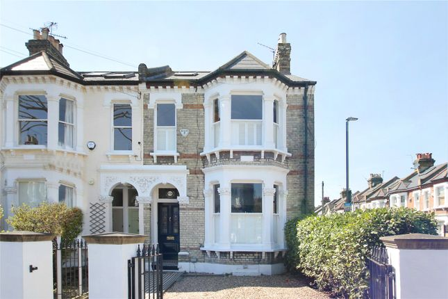 Thumbnail Property for sale in Leathwaite Road, London