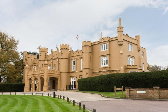 Thumbnail Flat for sale in Wall Hall Mansion, Radlett, Aldenham