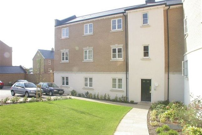 Thumbnail Flat to rent in Propelair Way, Colchester