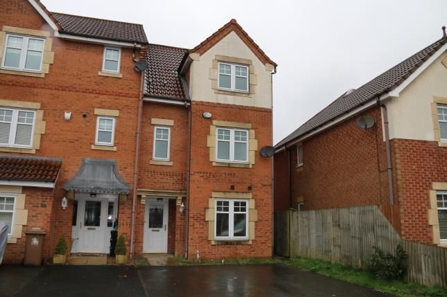 4 bed end terrace house for sale in Threadneedle Court, St. Helens, Merseyside