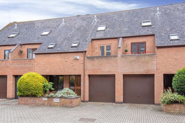 Thumbnail Town house for sale in Brewery Street, Stratford-Upon-Avon