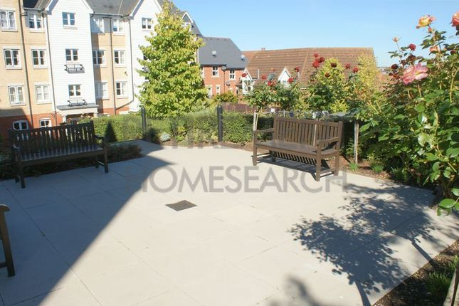 Thumbnail Flat for sale in Salter Court, Colchester