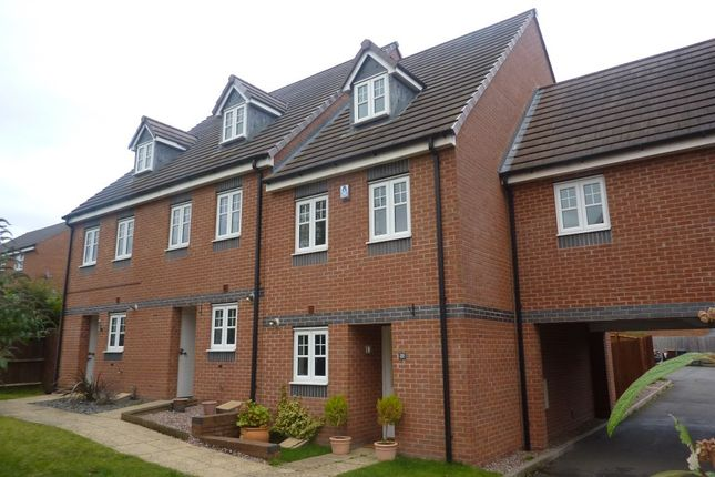 Thumbnail Town house to rent in Otter Street, Hilton, Derby