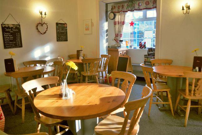 Thumbnail Restaurant/cafe for sale in Cafe & Sandwich Bars HG3, Pateley Bridge, North Yorkshire