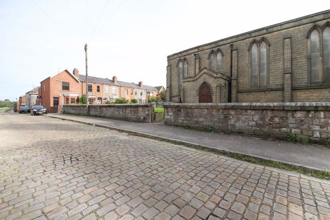 1 bed flat for sale in Church Grove, Wigan WN1