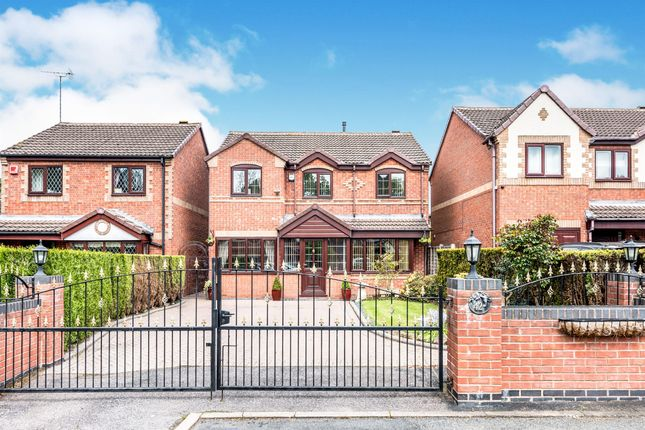 Thumbnail Detached house for sale in Pinewood Avenue, Wood End, Atherstone
