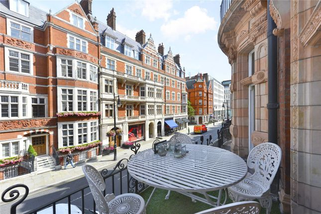 Thumbnail Flat for sale in Mount Street, Mayfair, London