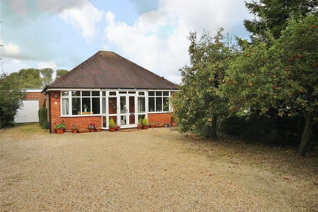Thumbnail Detached bungalow for sale in Foxborough Road, Radley, Abingdon