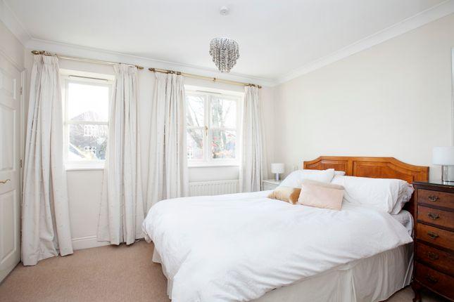 Bedroom 1 of Grove Road, Richmond TW10