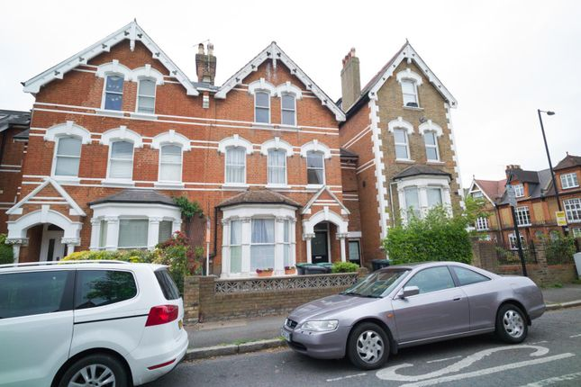 Thumbnail Flat for sale in Victoria Road, Stroud Green, London