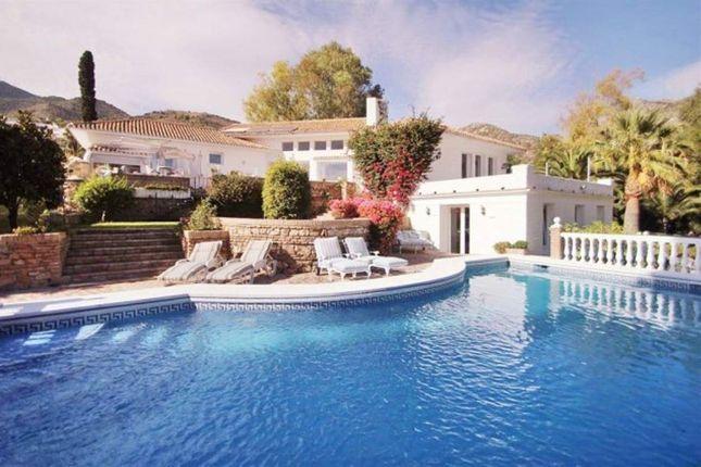 Thumbnail Apartment for sale in Benalmadena Pueblo, Costa Del Sol, Spain